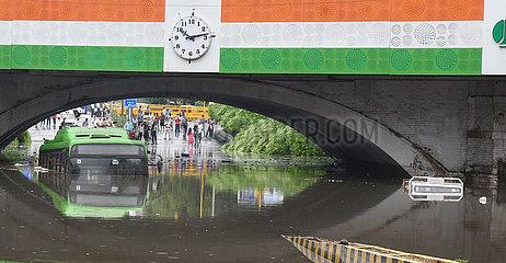 INDIEN-NEW DELHI-Vernässung