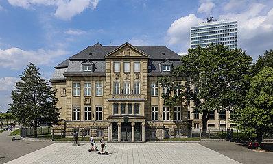 Villa Horion am Johannes-Rau-Platz  heute Haus der Parlamentsgeschichte NRW  Duesseldorf  Nordrhein-Westfalen  Deutschland