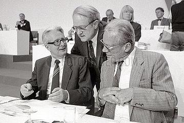 Hans-Jochen Vogel  Willy Brandt  Johannes Rau  SPD  Nuernberg 1986