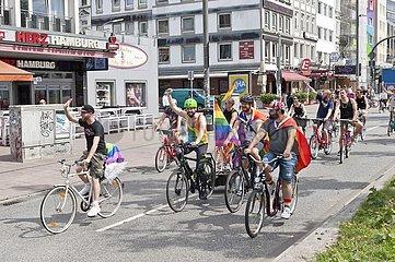 CSD Fahrrad-Demo auf der Reeperbahn