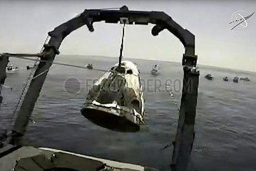 US-Küste Pensacola-SpaceX-CREW DRAGON 'ENDEAVOUR' RAUMFAHRZEUG-SPLASHDOWN