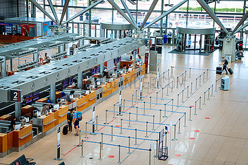 Leere im Terminal - Helmut Schmidt Airport