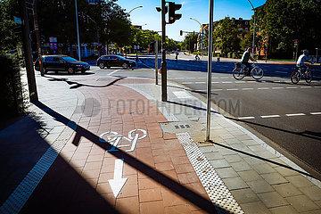 Zweirad Boom - Fahrradfahrer in der Stadt