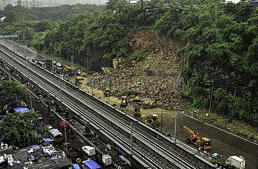 INDIA-MUMBAI-LANDSLIDE
