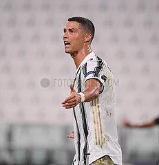 (SP) ITALY-TURIN-FOOTBALL-UEFA CHAMPIONS-ROUND 16-JUVENTUS-LYON