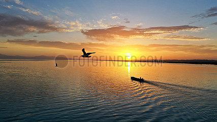 CHINA-XINJIANG-BOSTAN LAKE-FISHING(CN)