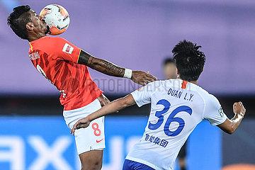 (SP) CHINA-DALIAN-FOOTBALL-CHINESE SUPER LIGA-GUANGZHOU Ever TAOBAO VS SHANDONG luneng TAISHAN (CN)