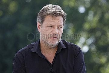 Robert Habeck - TV-Produktion ARD-Sommerinterview mit dem Bundesvorsitzenden der Gruenen Robert Habeck Bericht aus Berlin