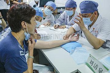 CHINA Beijing-Doctor-LIU Qingquan-MEDICAL Tag der Arbeit (CN)