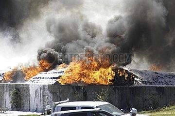 US-TEXAS-DALLAS-PLASTIC-PLANT-MASSIV FIRE