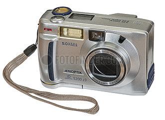 Jenoptik JD 5200 z3  fruehe Digitalkamera  2002