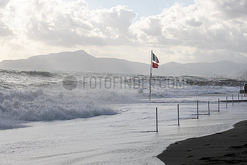 Extreme high waves in Ligury