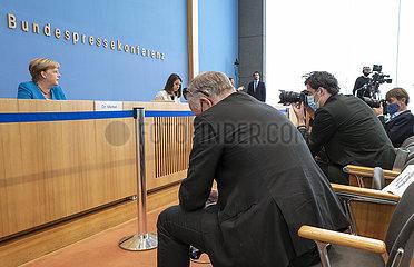 Merkel + Bundespressekonferenz