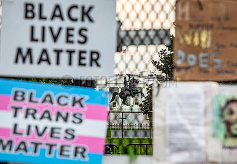 Black Lives Matter Sign Outside White House