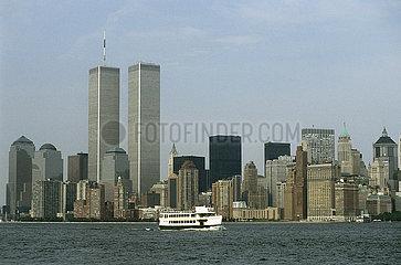 USA  New York City - Die skyline von Manhattan mit den twin towers des World Trade Center