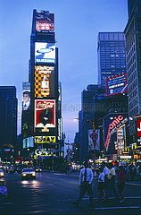 USA  New York City - Times Square am Abend