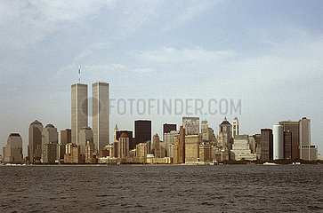 USA  New York City - Die skyline von Manhattan mit den twin towers des World Trade Center