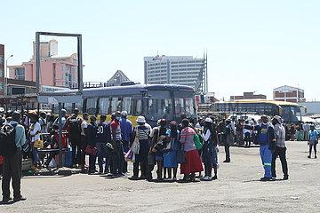 SIMBABWE-HARARE-PUBLIC TRANSPORT-FARE-HIKE SIMBABWE-HARARE-PUBLIC TRANSPORT-FARE-HIKE