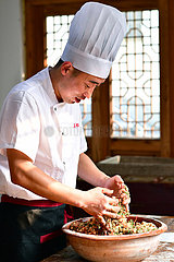 CHINA-HENAN-MoonCake-CKEREI CHEF (CN)
