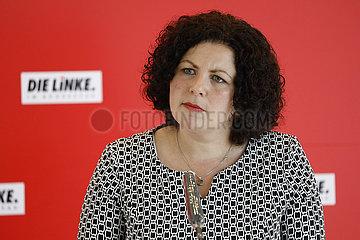 Pressekonferenz: Die Linke Bundestagsfraktion   Reichstagsgebaeude
