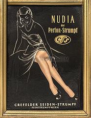 Nudia Perlonstruempfe  Werbung  1955