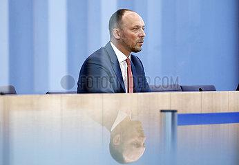 Bundespressekonferenz zum Thema: Vorstellung des Jahresberichts zum Stand der deutschen Einheit