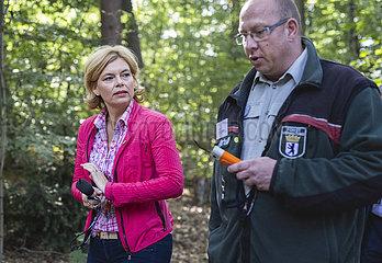 BM Kloeckner eroeffnet Deutsche Waldtage