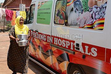 UGANDA-KAMPALA-COVID-19-volunteer-FREE FOOD-DELIVERY UGANDA-KAMPALA-COVID-19-volunteer-FREE FOOD-DELIVERY