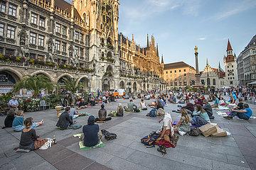 Open Air Meditation Muenchen  Marienplatz  21.09.2020