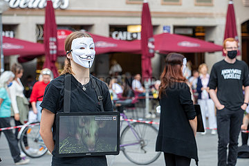 Anonymous for the voiceless in München