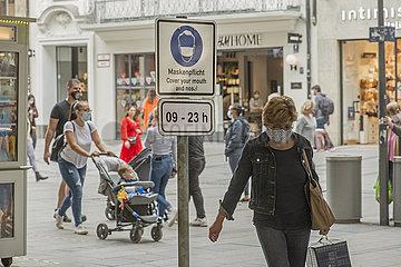 neue Maskenpflicht in der Muenchener Innenstadt  24.09.2020