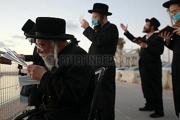 ISRAEL-ASHDOD-Taschlich RITUAL