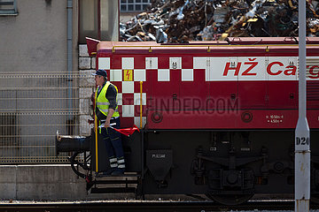 Kroatien  Rijeka - Zug der Hrvatske zeljeznice cargo (HZ): Frachtverkehr der Kroatische Bahnen  die staatliche kroatische Bahngesellschaft