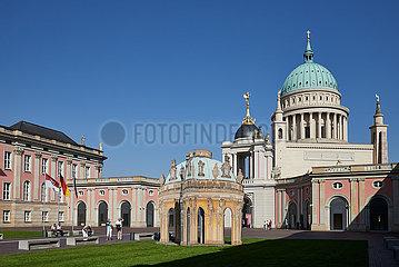 Potsdam  Brandenburg  Deutschland - Innenhof des Landtages von Brandenburg. Blick auf das Fortunaportal und die Nikolaikirche.