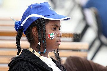 Dubai  local girl at the racecourse