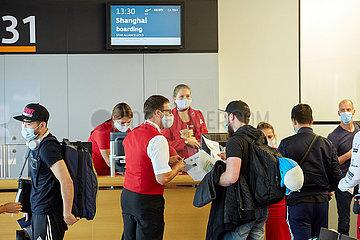 ÖSTERREICH-SCHWECHAT-AUSTRIAN AIRLINES-Passagierflüge nach Shanghai-NAHME