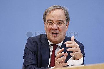 Bundespressekonferenz zum Thema: Vorstellung Lagebericht Rechtsextremismus