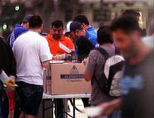 Nahrungsmittelausgabe in Argentinien