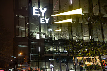 EY kommt zunehmend in die Kritik