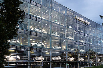 Mercedes Showroom in München