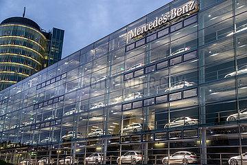 Mercedes Showroom in München