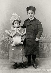 Geschwister  Portrait  1902