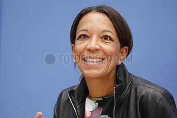 Bundespressekonferenz zum Thema: Frauen (Quoten/F?PoG/Teilhabe) It?s the women  stupid