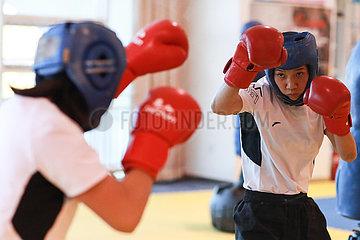 (SP) CHINA-HEBEI-Qian'An Boxen-nationalen Frauen CHAMPIONSHIPS (CN)