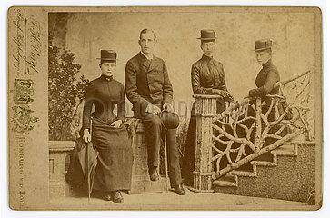 Gruppenbild  Homburg  1888