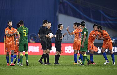 (SP) CHINA-JIANGSU-SUZHOU-FOOTBALL-CSL-SHANDONG VS BEIJING (CN)