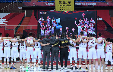 (SP) CHINA-ZHEJIANG-ZHUJI-BASKETBALL-CBA-Meisterschaft Ring (CN)