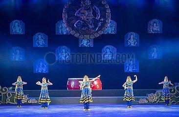 CHINA-XINJIANG-AKSU-PERFORMANCE KULTURELLER Tourismus (CN)