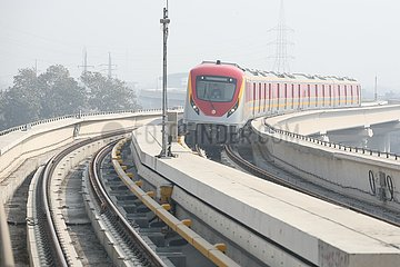 PAKISTAN-LAHORE-METRO TRAIN SERVICE-COMMERCIAL OPERATION