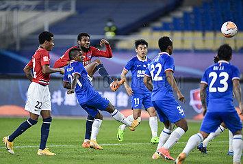 (SP)CHINA-SUZHOU-FOOTBALL-CSL-SHANGHAI GREENLAND SHENHUA VS CHONGQING DANGDAI (CN)
